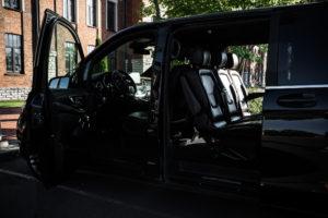 dragonet-auto-rent-juhiga-vaike-bussi-rent-tallinnas-7File